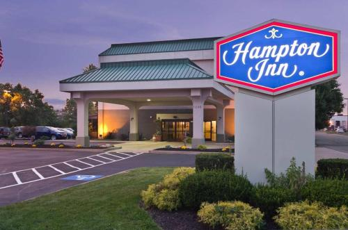 Hampton Inn New Philadelphia Photo