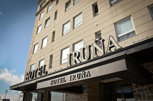 Hotel Iruña Photo