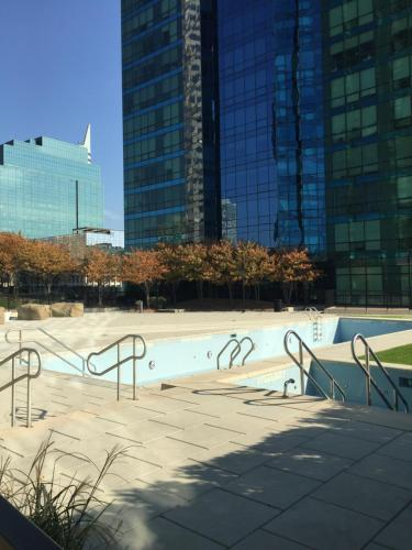 Luxy On The Hudson In Jersey City Nj Free Internet Swimming Pool Outdoor Pool