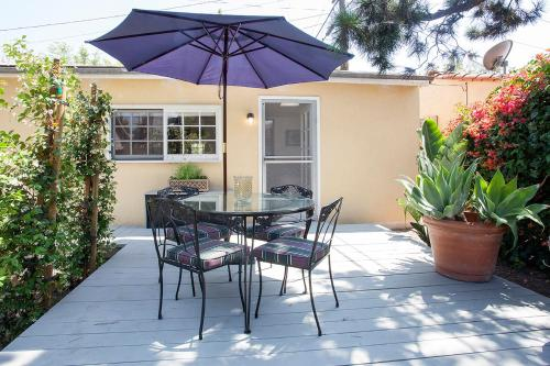 WeHo Bungalow with Private Garden - Los Angeles, CA 90046