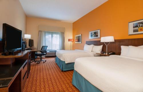 Fairfield Inn Suites Baton Rouge South Photo