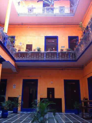 Hotel Isabel Photo