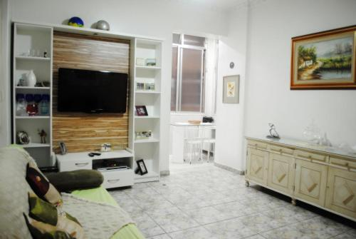 CHARMING 2-BDR COPACABANA C2-0013 Photo