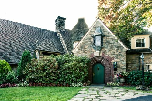 The French Manor Inn & Spa