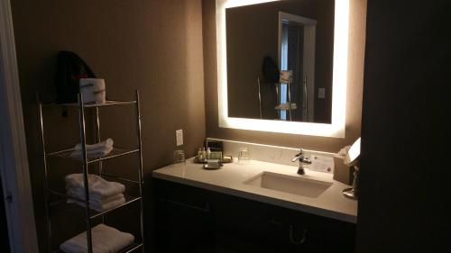 The Burgundy Hotel, an Ascend Hotel Collection Member Photo