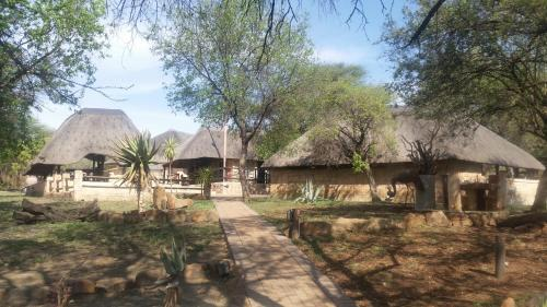 Kaya Inkuni Game Lodge Photo