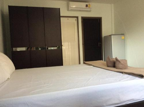 Ruean Kaew Apartment