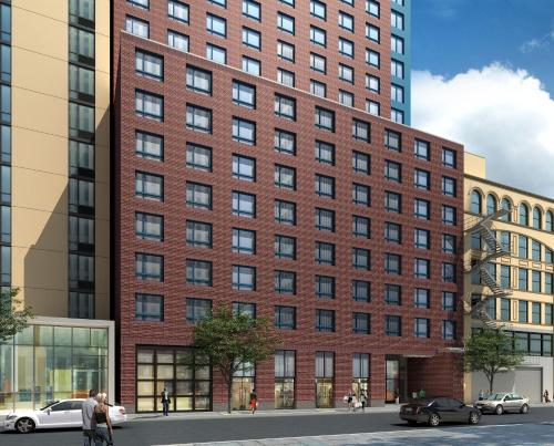 Doubletree By Hilton New York Times Square West Hotel