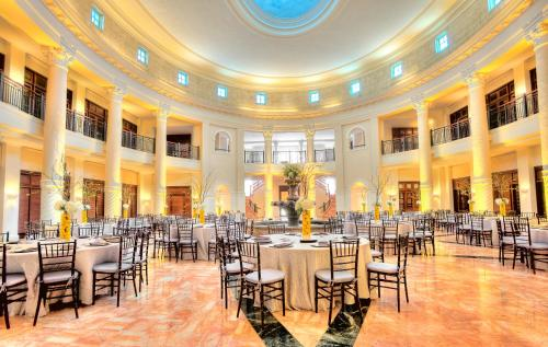 Hotel Colonnade Coral Gables, a Tribute Portfolio Hotel Photo