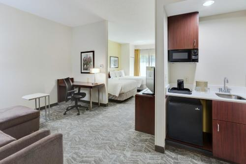 SpringHill Suites Milford Photo