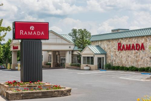 Hotel Ramada Hotel and Conference Center