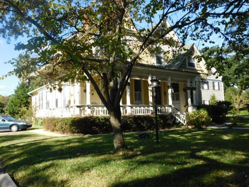 Hotel Berney Fly Bed and Breakfast