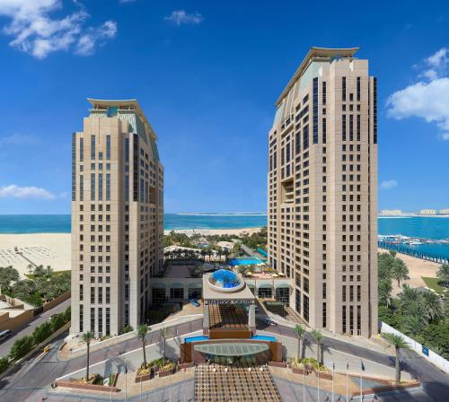 Habtoor Grand Beach Resort & Spa Autograph Collection, A Marriott Luxury & Lifestyle Hotel photo 2