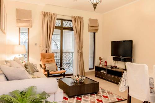 One Bedroom Apartment - Kamoon 1, Dubaj