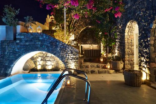 antithesis hotel santorini reviews Need a hotel in santorini choose from over 883 santorini hotels with huge savings whatever your budget, compare prices and read reviews for all our santorini hotels.