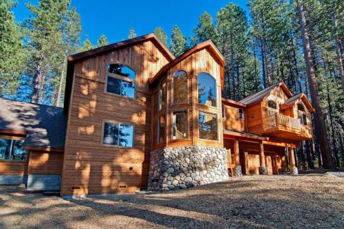 7 Bedroom/8 Bath Mansion With Indoor Pool Vacation Rental - Lake Tahoe, CA 96150