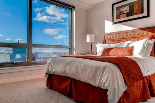 Global Luxury Suites at Boston Common Photo