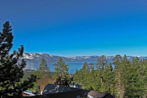 8 Bedroom Modern Estate Vacation Rental - South Lake Tahoe, CA 96150