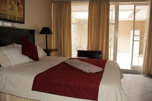 Rustenburg Guesthouse Photo