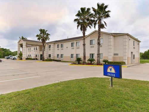 Americas Best Value Inn Somerville Texas Photo