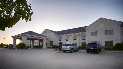 Best Western Locust Grove Inn & Suites