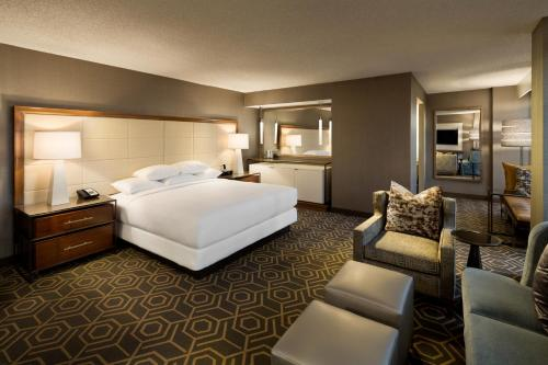 DoubleTree by Hilton Hotel Dallas Campbell Centre photo 18