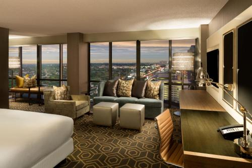 DoubleTree by Hilton Hotel Dallas Campbell Centre photo 14