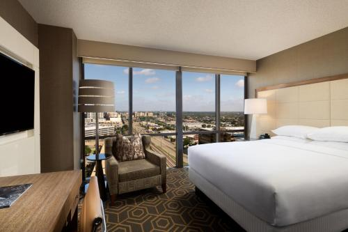 DoubleTree by Hilton Hotel Dallas Campbell Centre photo 21