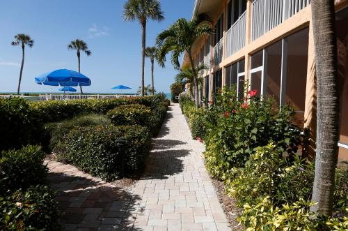 Silver Sands Gulf Beach Resort By RVA Photo