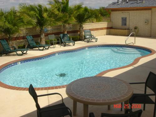 Oxford Inn And Suites Webster - Webster, TX 77598