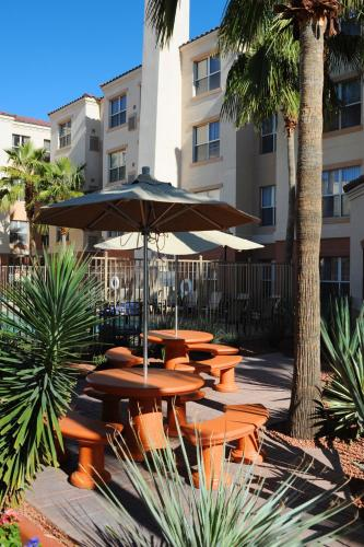Residence Inn Phoenix Airport photo 2