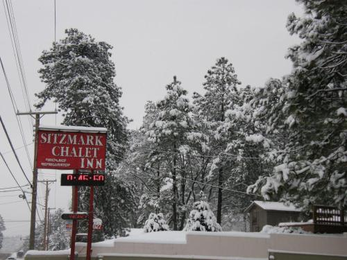 Sitzmark Chalet Inn Photo