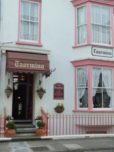 Taormina Guest House in Tenby from £50