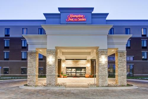 Hampton Inn & Suites Detroit/Troy in Clawson