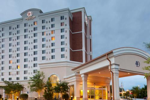 DoubleTree by Hilton Greensboro Photo