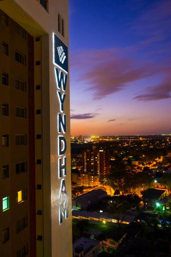 Wyndham Golden Foz Suítes Photo