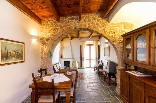 Authentic Sardinian Home Via Petrarca 25 Sant'Antìoco