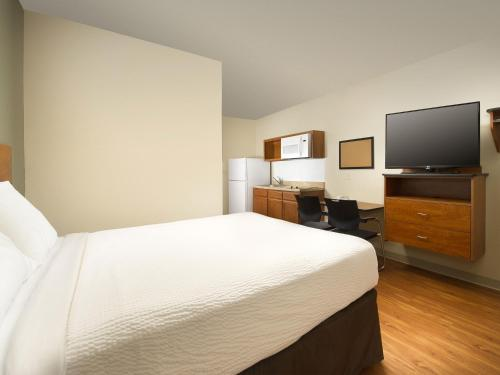 WoodSpring Suites Oklahoma City Southeast Photo