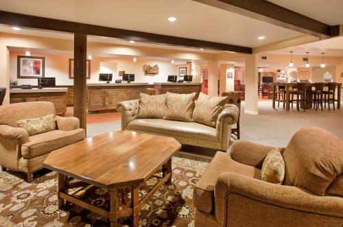 The Lodge at Eagle Crest, a Holiday Inn Resort Photo