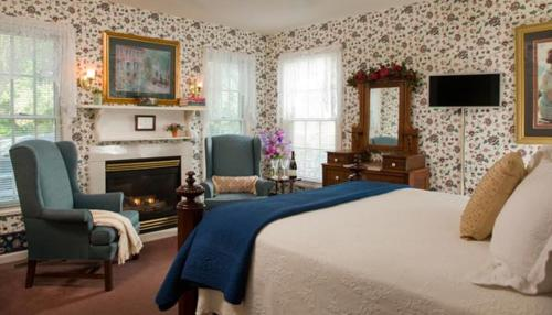 Inn at the Park Bed and Breakfast Photo