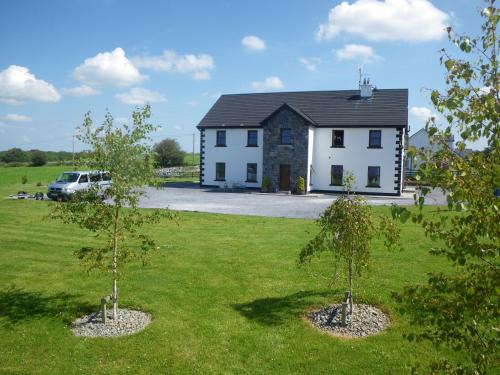 Photo of Corrib View Lodge Hotel Bed and Breakfast Accommodation in Cong Mayo