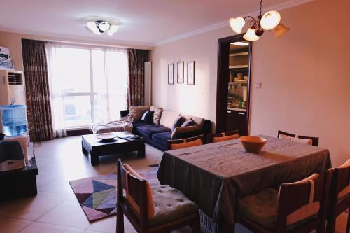 East Apartments - Serviced Apartment Unit 7 photo 2
