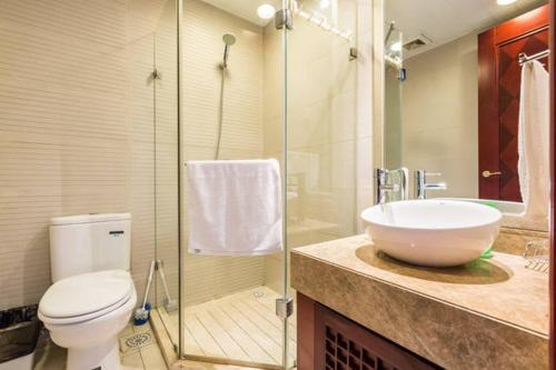 East Apartments - Serviced Apartment Unit 7 photo 4
