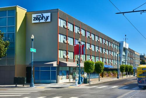 Hotel Zephyr San Francisco Photo