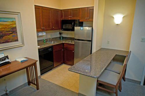 Staybridge Suites Buffalo-Airport Photo