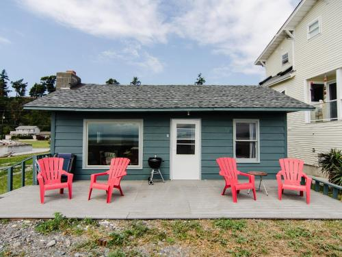 camano island jewish singles The camano hermitage is a place of retreat for meditation, contemplation, creativity or just relaxation for guests, we have 2-bedrooms, 1 full bath home (master suite reserved for owners when home is not rented.