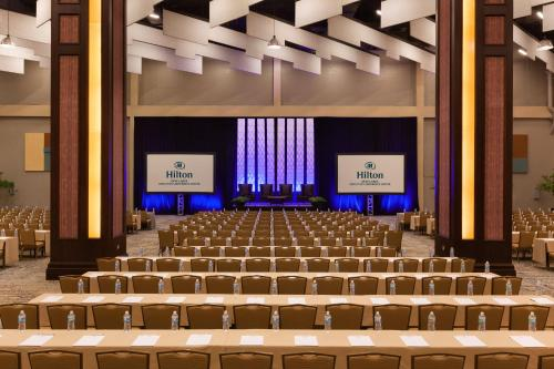 Hilton DFW Lakes Executive Conference Center Photo