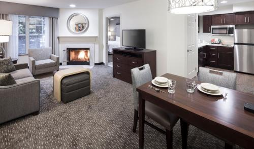 Homewood Suites by Hilton San Jose Airport-Silicon Valley Photo