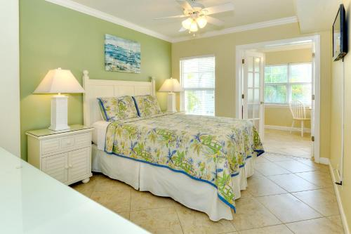 Barefoot Beach Resort Photo