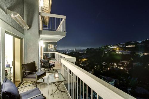 The Hollywood Hills Villa - Los Angeles, CA 90069